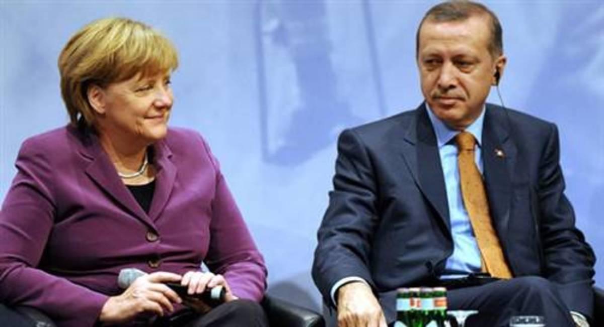 Τι κρύβει το ταξίδι της Μέρκελ στην Τουρκία; | Newsit.gr