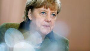 Handelsblatt: Μαύρη Κυριακή για την Μέρκελ!