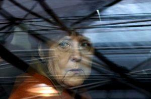 """""""Χαιρετίζουμε την απόφαση της Μέρκελ να είναι και πάλι υποψήφια"""""""