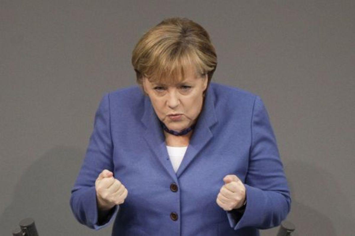 Μέρκελ: Καλά έκαναν και »κούρεψαν» τις καταθέσεις! | Newsit.gr