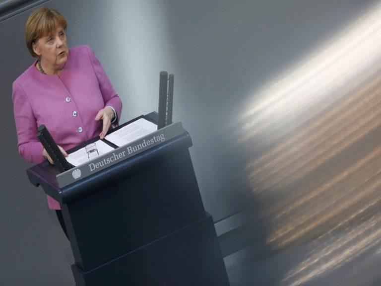 Γερμανικές εκλογές – Δημοσκόπηση: Πρώτο το κόμμα της Μέρκελ – Δημοφιλέστερος πολιτικός ο Σόιμπλε