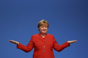 Die Welt: Όλοι φεύγουν, η Μέρκελ μένει… αιώνια!