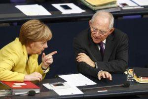 Έγγραφο «βόμβα»: «Όχι» Σόιμπλε και Μέρκελ σε πάγωμα των ελληνικών επιτοκίων