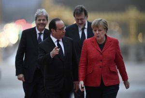 Στους κήπους των Βερσαλλιών έθαψαν την Ευρώπη