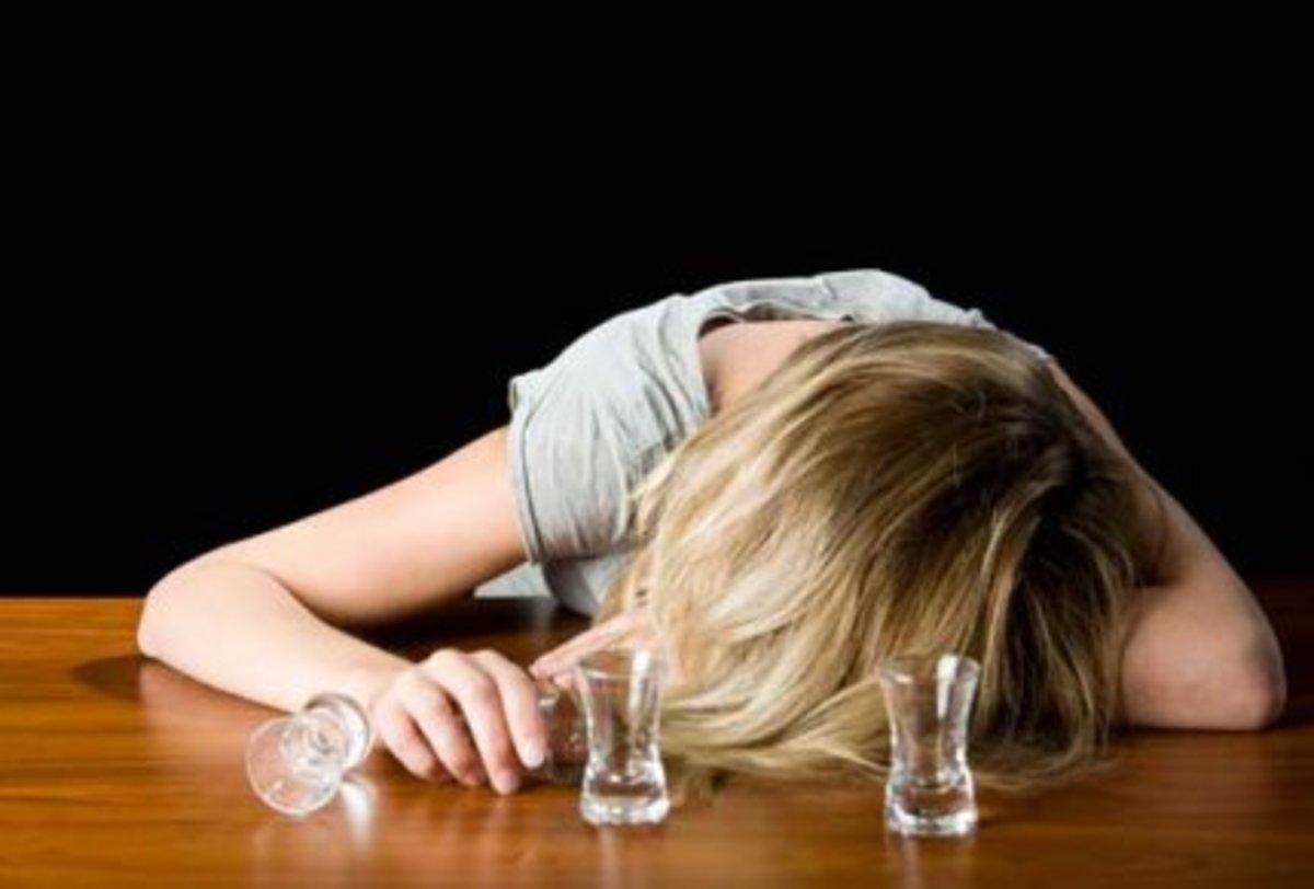 Κως: Μεθυσμένη ρωσίδα αναστάτωσε πτήση! | Newsit.gr