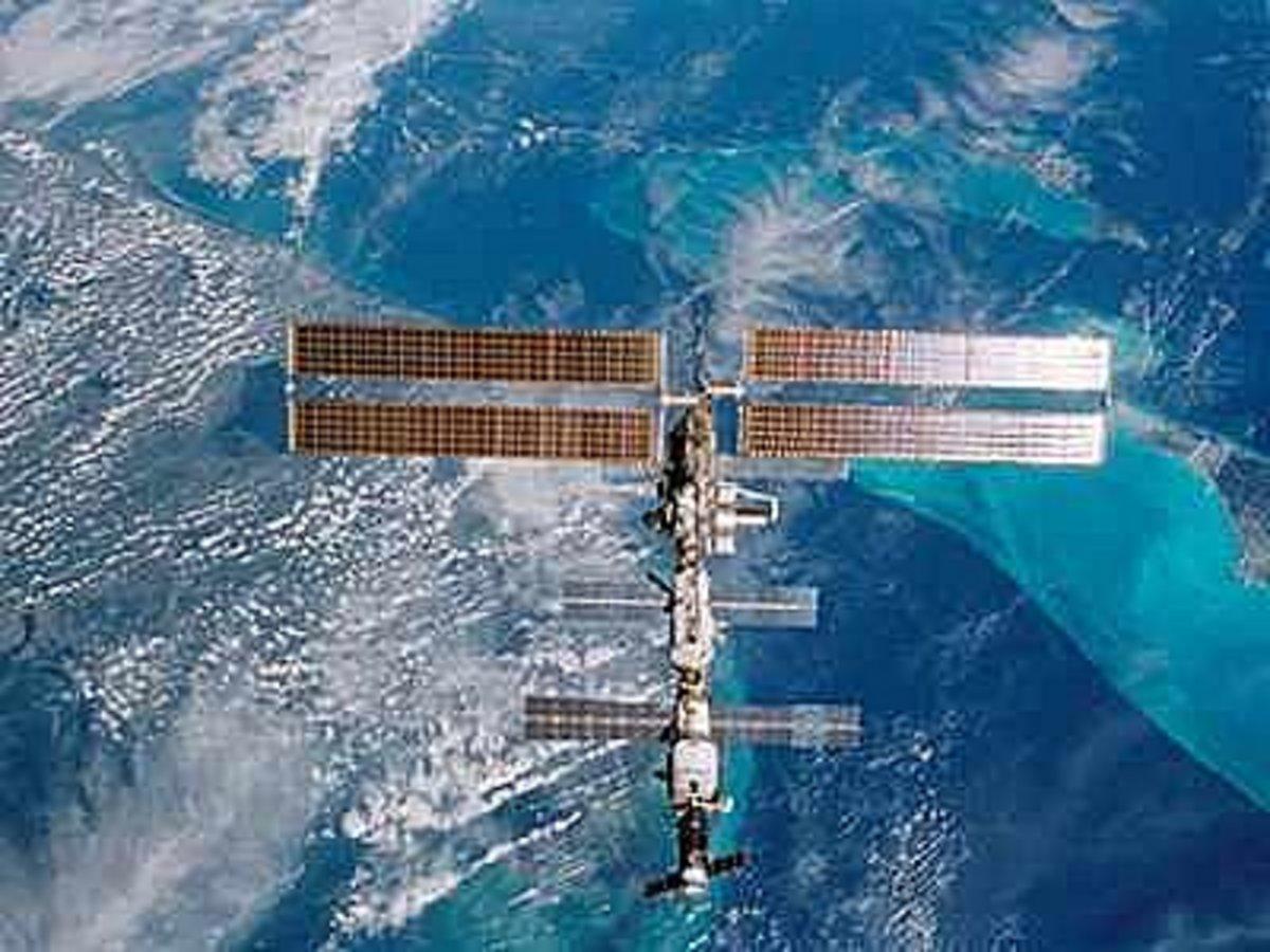 Εφτασε το Σογιούζ στον διεθνή διαστημικό σταθμό | Newsit.gr