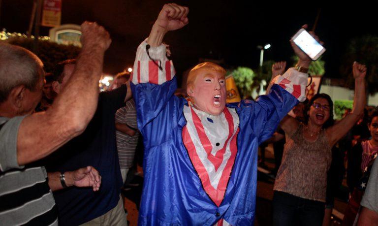Φιντέλ Κάστρο: Πάρτι για τον θάνατό του στο Μαϊάμι [pics] | Newsit.gr
