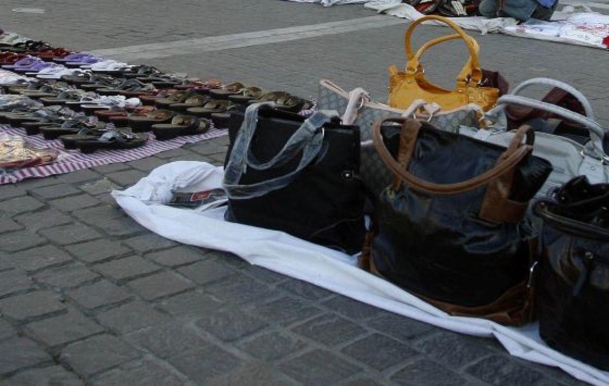 Τοξικομανείς «τις έφαγαν» από διαδηλωτές   Newsit.gr