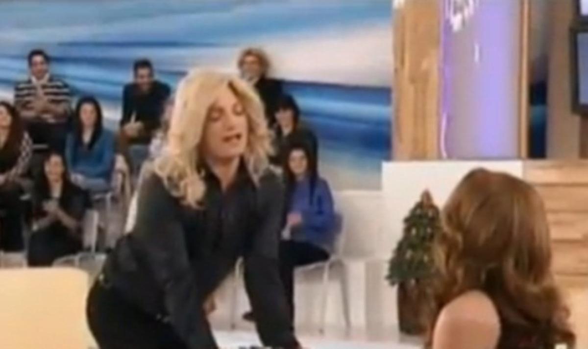 H… «Ελένη Μενεγάκη» στο «Μίλα»! Βίντεο | Newsit.gr