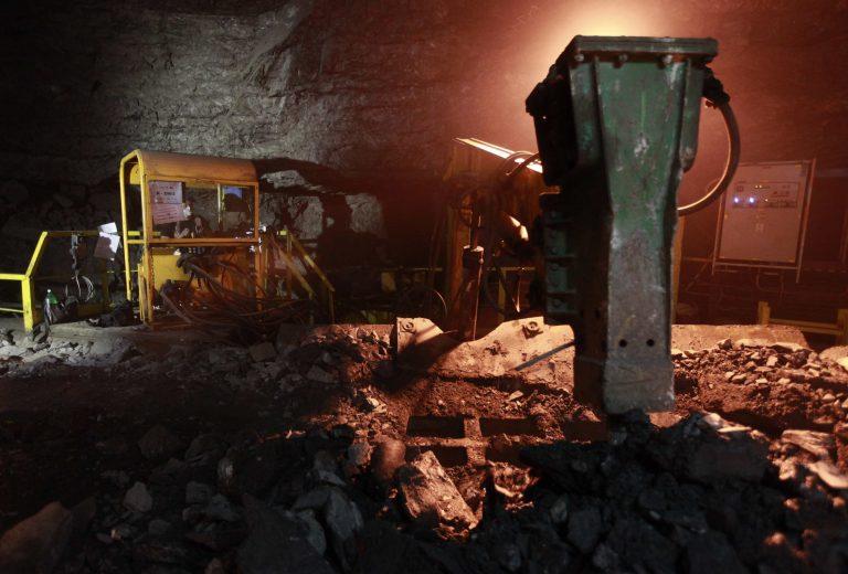 Σώοι οι 19 μεταλλωρύχοι που είχαν εγκλωβιστεί σε ορυχείο στην Πολωνία   Newsit.gr