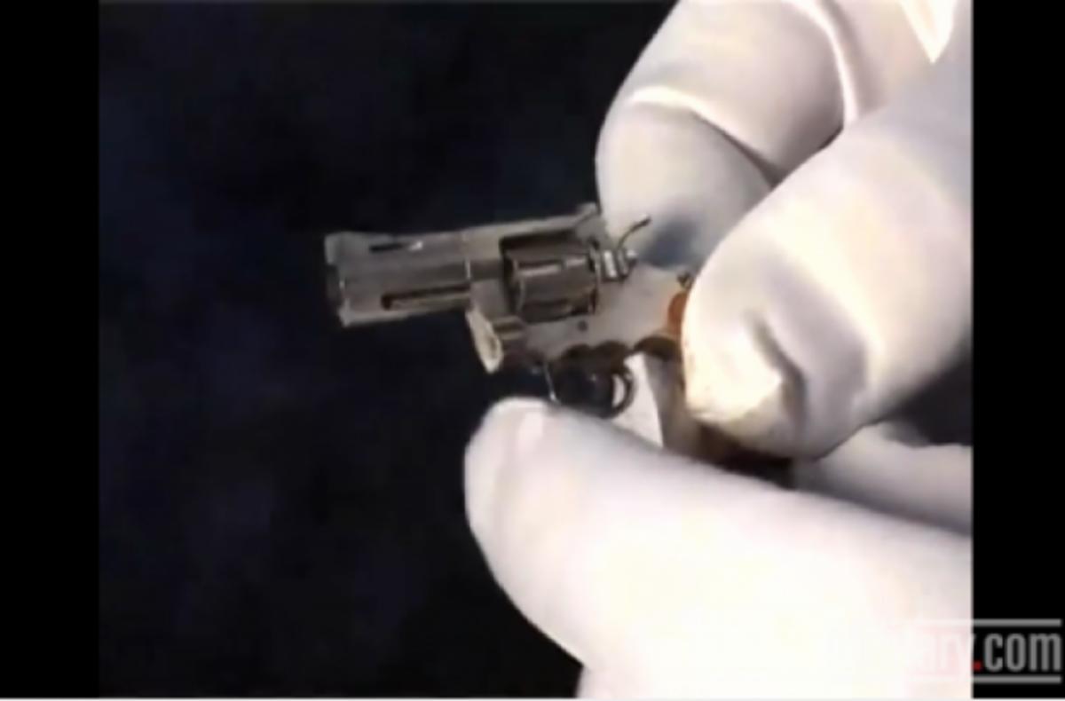 ΒΙΝΤΕΟ: Πιο…μίνι όπλο δεν γίνεται!   Newsit.gr