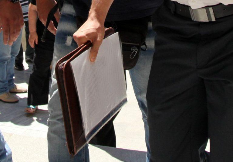 Δικηγόρος μηνύει αστυνομικούς για την εμπλοκή του ονόματός του στην κρητική «μαφία»! | Newsit.gr