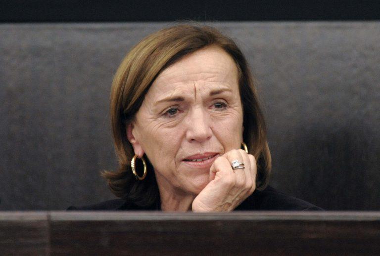 Με κλάματα ανακοίνωσε το «πάγωμα» στις συντάξεις η υπ. Εργασίας της Ιταλίας (video) | Newsit.gr