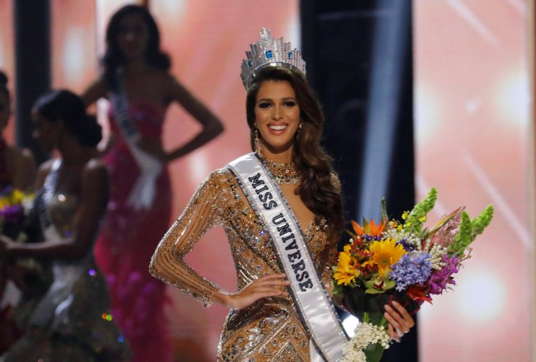 Miss Universe: Γαλλίδα η ωραιότερη γυναίκα του κόσμου [pics, vids] | Newsit.gr