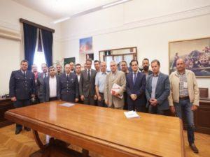 Μισθολόγια: Συνάντηση Μητσοτάκη με εκπροσώπους των Ενόπλων Δυνάμεων και Σωμάτων Ασφαλείας