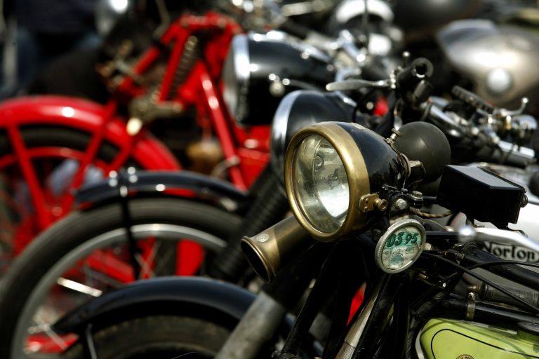 Ηράκλειο: Επίθεση μοτοσικλετιστών σε αλλοδαπούς | Newsit.gr