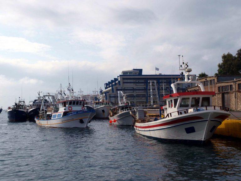 N.Μηχανιώνα: Δεν κάνουν πίσω οι αλιεργάτες… | Newsit.gr
