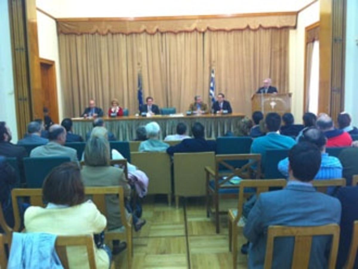 Γιάννης Μίχας: Να γίνει ο Πειραιάς ένα υπερτοπικό εμπορικό κέντρο | Newsit.gr