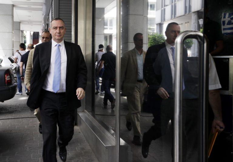Και ο Μιχελάκης «αδειάζει» τον Γρηγοράκο για τους δημοσίους υπαλλήλους | Newsit.gr