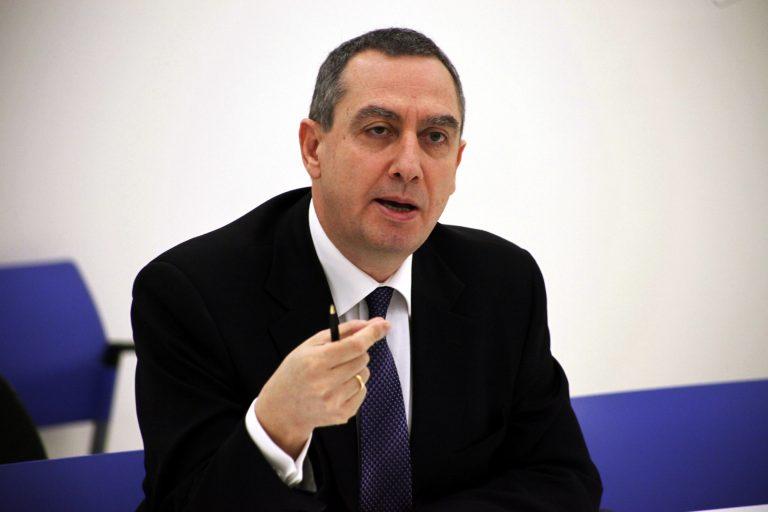 Μιχελάκης: Καταγγέλει την κυβέρνηση για νοσηρό κομματισμό και βόλεμα των δικών τους παιδιών | Newsit.gr