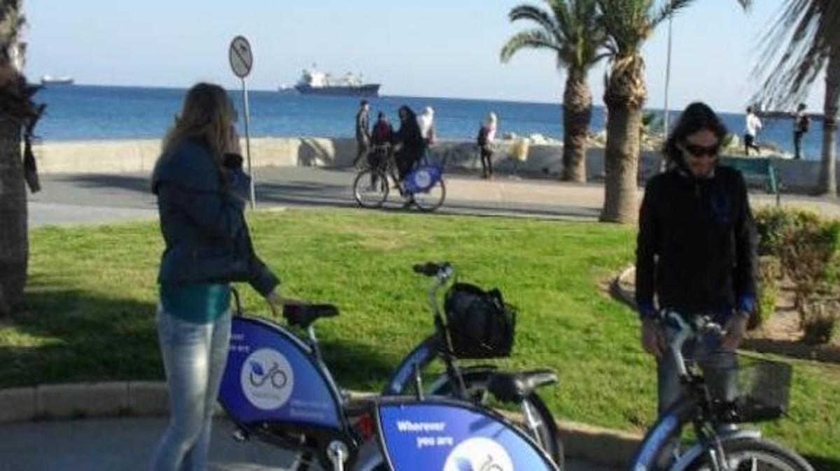Ληστεία για όσκαρ – Της άρπαξε τα λεφτά παριστάνοντας τον αστυνομικό | Newsit.gr