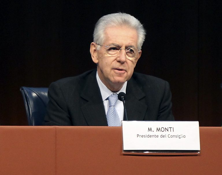 Ο Μόντι θέλει στενή συνεργασία με τον Ολάντ | Newsit.gr