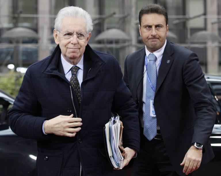 Ιταλία: Πιθανή η παραμονή του Μόντι στην πολιτική   Newsit.gr