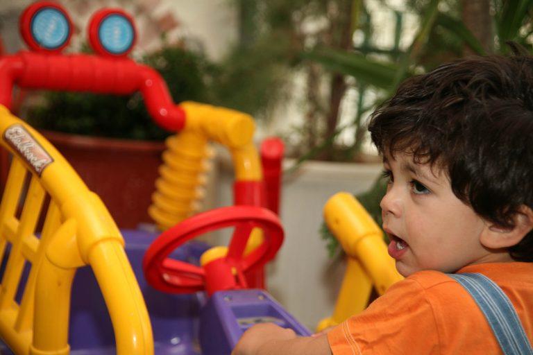 «Αντέχει» η ζήτηση για παιχνίδια και είδη βρεφανάπτυξης | Newsit.gr