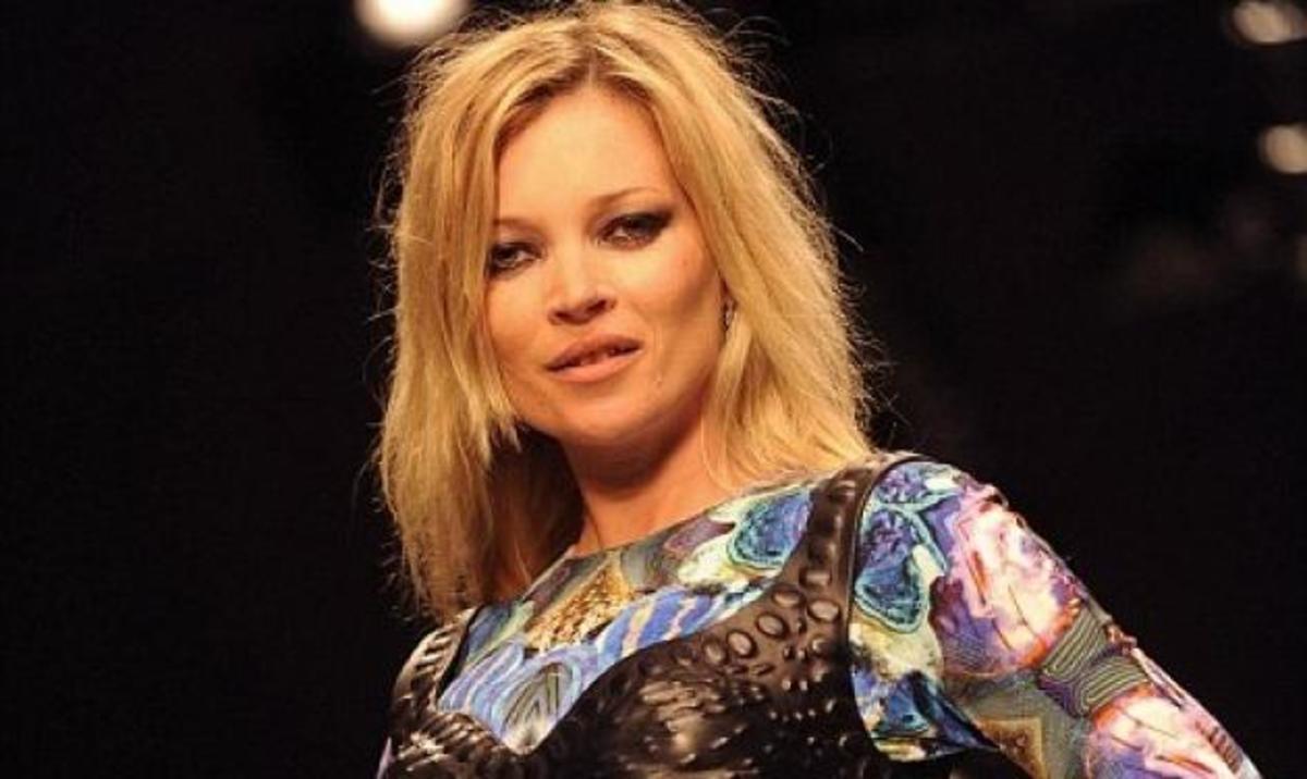 H Kate Moss πουλάει το σπίτι της αλλά δεν το αγοράζει κανείς! Γιατί; | Newsit.gr