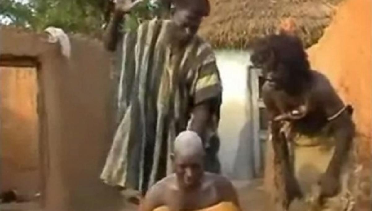 Έτσι θεραπεύουν τον πονοκέφαλο στην Μοζαμβίκη – ΒΙΝΤΕΟ | Newsit.gr