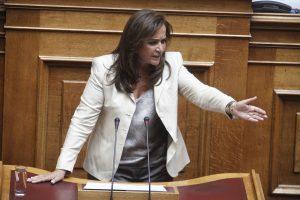 Ξεσπάθωσε η Ντόρα Μπακογιάννη για τον εκλογικό νόμο – Θα τον αλλάξει ξανά η Νέα Δημοκρατία