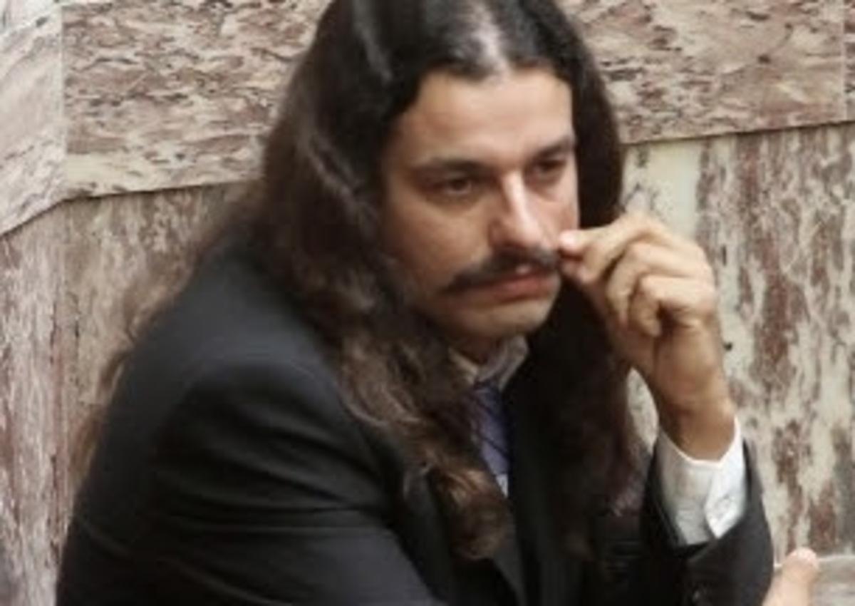 «Τα άκουσε» ο Μπαρμπαρούσης στη Ναύπακτο | Newsit.gr
