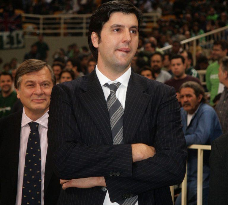 Επίθεση στον Μποντιρόγκα από οπαδούς του Ολυμπιακού | Newsit.gr