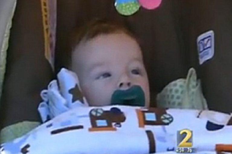 Πέταξε το μωρό της από το μπαλκόνι για να το σώσει – Βίντεο | Newsit.gr
