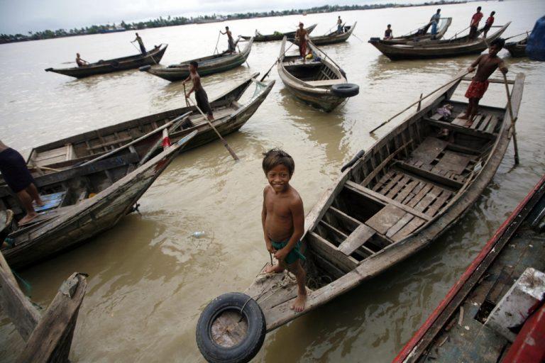 Οι χειρότερες πλημμύρες των τελευταίων 30 ετών στην Μιανμάρ | Newsit.gr
