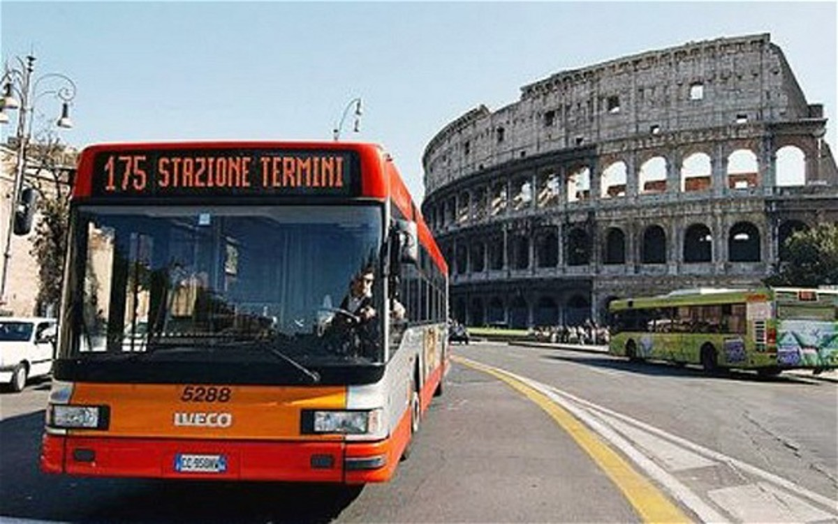 Για… κλάματα και η Ιταλία – Χωρίς λεωφορεία γιατί δεν έχουν λεφτά για καύσιμα | Newsit.gr