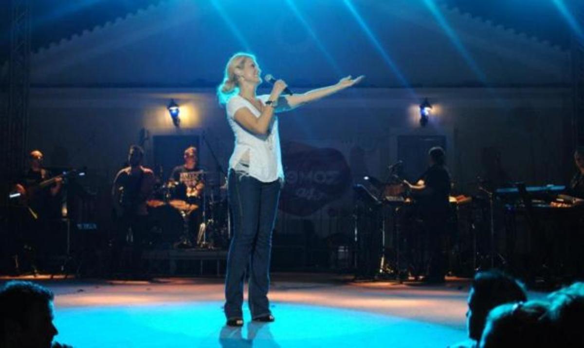 Ν. Θεοδωρίδου: Πέρασε μια μαγική βραδιά στη Ζάκυνθο! Φωτογραφίες | Newsit.gr