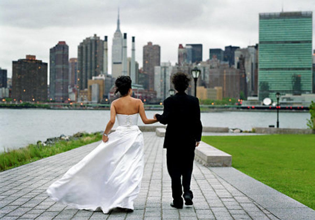 25χρονη διέδιδε πως έχει καρκίνο για να συγκεντρώσει χρήματα για να παντρευτεί | Newsit.gr