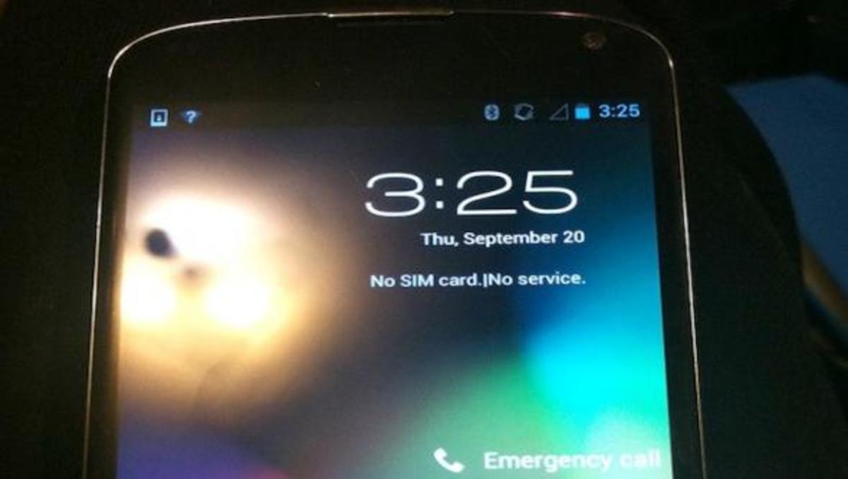 Υπάλληλος της Google ξέχασε το Nexus 4 σε μπαρ | Newsit.gr