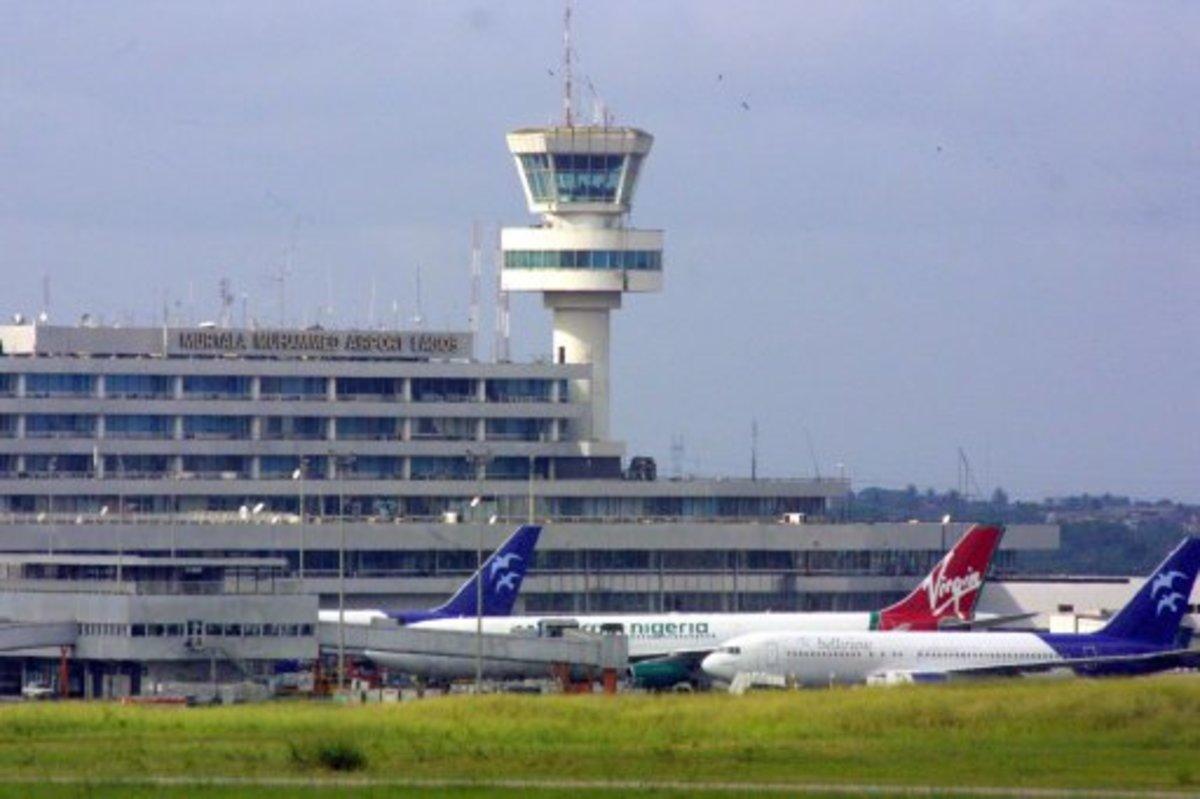 Έβαλαν σαρωτές σώματος και στη Νιγηρία | Newsit.gr