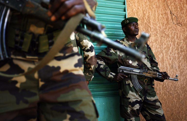 Αγωνιώδης έκκληση για οικονομική βοήθεια από τον Νίγηρα | Newsit.gr
