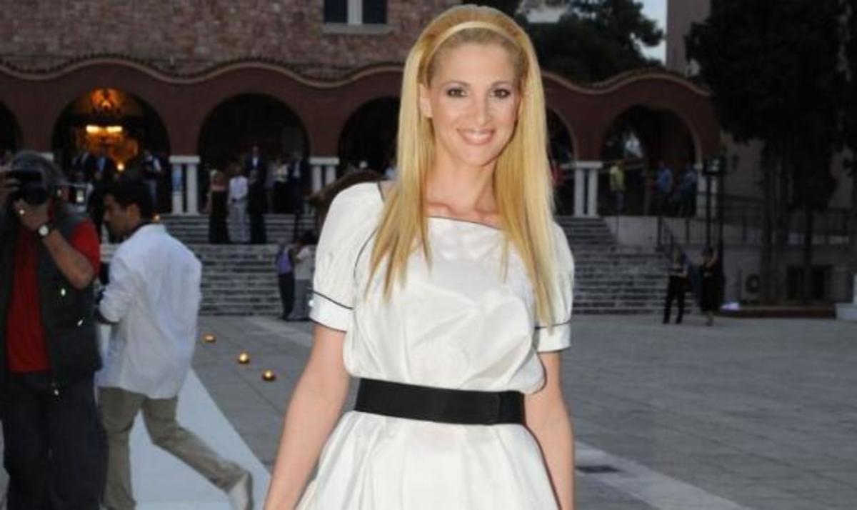 Ν. Κάρτσωνα: «Είχα φρικάρει όταν πήρα 15 κιλά σε ένα μήνα»   Newsit.gr