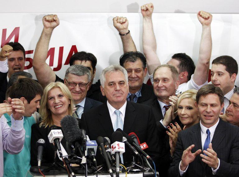 Ο Νίκολιτς νικητής των εκλογών στη Σερβία | Newsit.gr