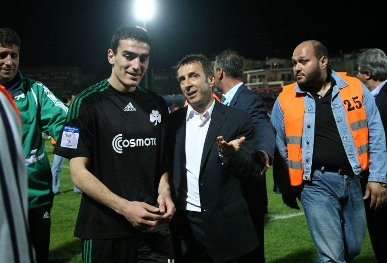 Μοίρασε συγχαρητήρια ο Νιόπλιας | Newsit.gr