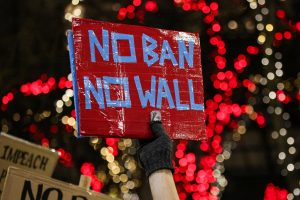 Διάταγμα Τραμπ για μετανάστες: Αγωγή από τον Γενικό Εισαγγελέα της Ουάσινγκτον