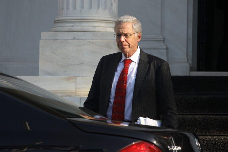 Παραιτήθηκε ο Τσαρλς Νταλάρα που χειρίστηκε το ελληνικό «κούρεμα» | Newsit.gr
