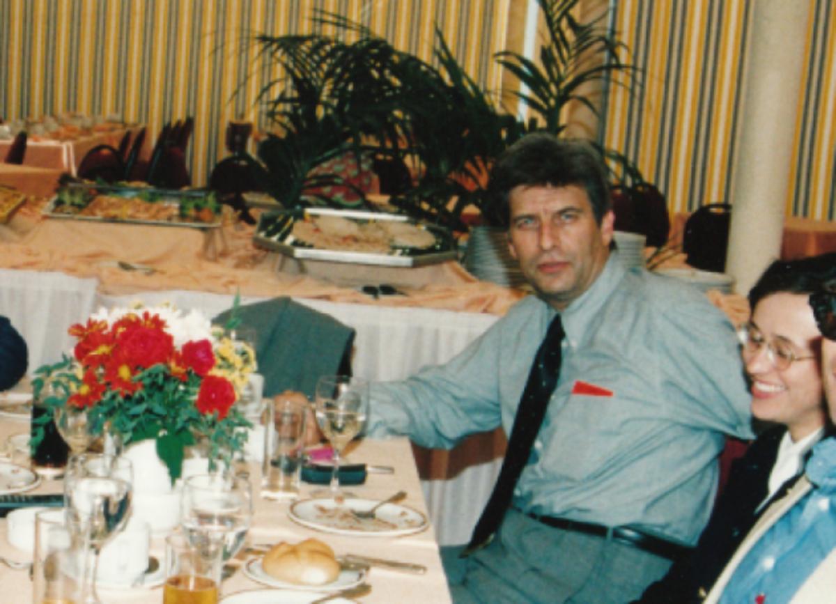 Πέθανε ο «Έλληνας 007» Βασίλης Ντερτιλής | Newsit.gr