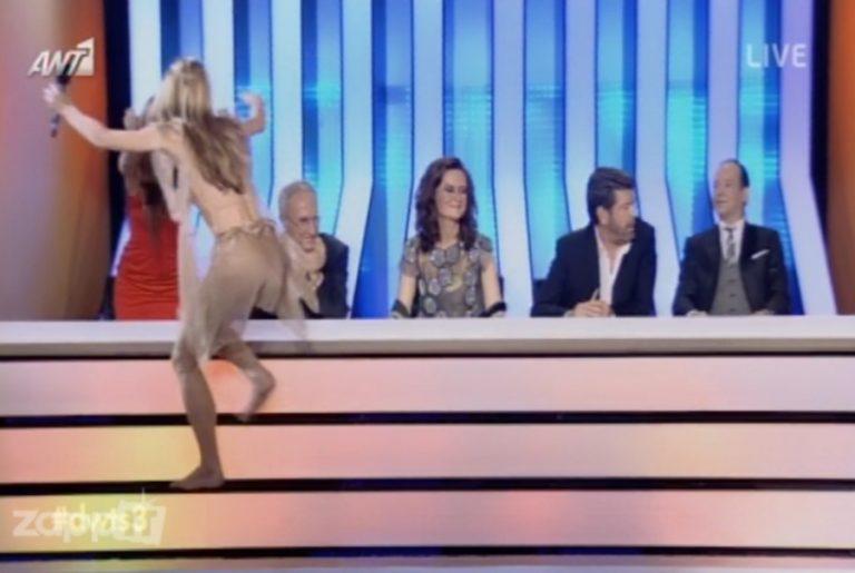 Η Ντορέττα Παπαδημητρίου σκαρφάλωσε στην επιτροπή του Dancing! | Newsit.gr