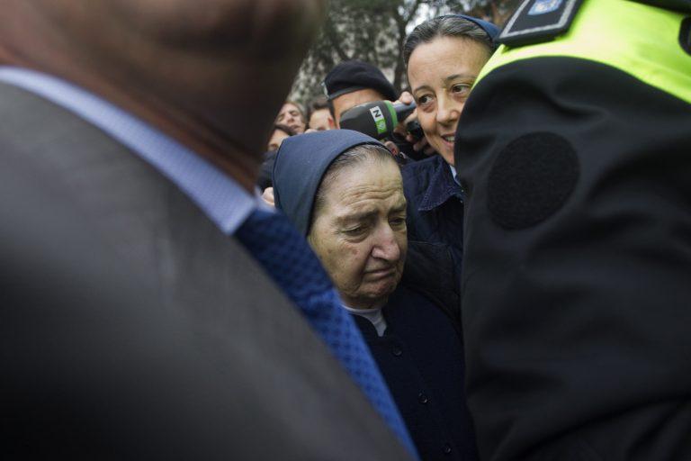 Καλόγρια σε κύκλωμα κλοπής βρεφών και παράνομων υιοθεσιών   Newsit.gr