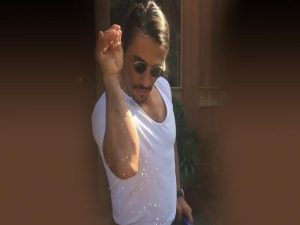 Salt Bae: Αποκαλύφθηκε το μυστικό του Τούρκου σεφ! Έτσι έγινε διάσημος